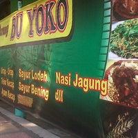 Photo taken at Warung BU YOKO by Sinyo Kijang Ijo I. on 8/30/2014