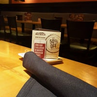 Photo taken at Outback Steakhouse by Vicente O. on 10/27/2016