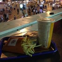 5/22/2013 tarihinde Sajjadziyaretçi tarafından Burger King'de çekilen fotoğraf