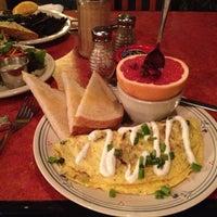 Das Foto wurde bei Bouldin Creek Café von Aya am 12/28/2012 aufgenommen