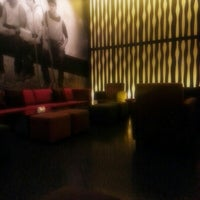 Photo taken at Art Déco Lounge by Augusto A. on 11/21/2012