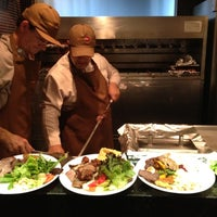 รูปภาพถ่ายที่ Paulinho's Grill โดย Petal W. เมื่อ 11/29/2012