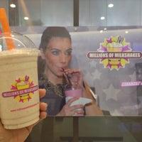 Photo taken at millions of milkshakes by Erlina D. on 9/30/2014