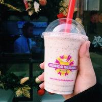 Photo taken at millions of milkshakes by Erlina D. on 12/24/2014
