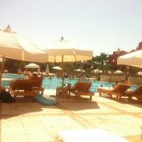 Photo taken at Pool at Sheraton Miramar Resort El Gouna by Alicia Y. on 10/31/2012