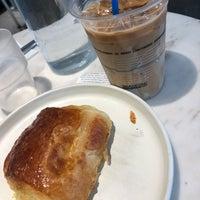 Foto tirada no(a) Kaizen Coffee Co. por Junbkk em 3/13/2018