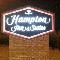 Photo taken at Hampton Inn & Suites Elyria by zachary b. on 8/7/2013