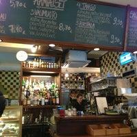 Das Foto wurde bei Café Tin Tin Tango von Marja K. am 1/8/2013 aufgenommen