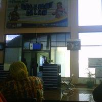 Photo taken at Gate 4 by ratih k. on 5/16/2013