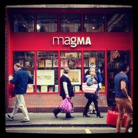 Foto scattata a Magma Books da U p. il 9/28/2013
