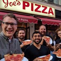 Foto tomada en Joe's Pizza por Ian Z. el 10/6/2017
