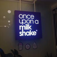 Photo taken at once upon a milkshake by Jae heon A. on 10/2/2013