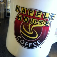 Photo taken at Waffle House by zoe b. on 3/6/2013