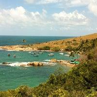 Foto tirada no(a) Praia de Calhetas por Laura C. em 1/9/2013