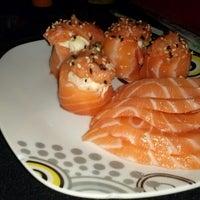 Foto tirada no(a) Nikkey Sushi Bar e Petiscaria por Tassia C. em 12/13/2012