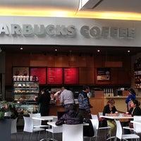 Photo taken at Starbucks by  iKanalla on 11/27/2012