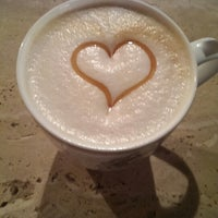 Снимок сделан в Coffeebook пользователем Vladimir P. 8/13/2013