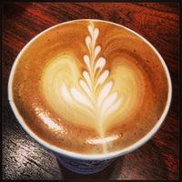 Foto scattata a Barrington Coffee Roasting Company da Matt M. il 3/13/2013