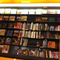 Photo taken at La Feltrinelli Libri e Musica by Weronika on 3/10/2013