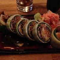 Снимок сделан в Oto Sushi пользователем Kerstin S. 5/22/2013