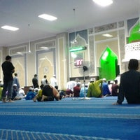 Photo taken at Masjid Bandar Perda by Ku Mohd Y. on 8/3/2013