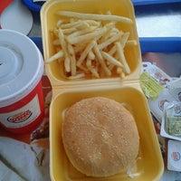 1/2/2013 tarihinde Ezgi A.ziyaretçi tarafından Burger King'de çekilen fotoğraf