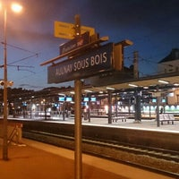 Photo taken at Aulnay-sous-Bois Railway Station by GARY on 10/28/2015