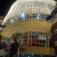 Снимок сделан в Shopping Mariscal пользователем Anna C. 12/12/2012
