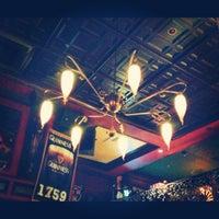 Photo taken at Rí Rá Irish Pub by Kandice F. on 11/28/2012