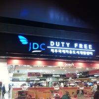 Photo taken at JDC Duty Free by Jang-hwan J. on 2/18/2013