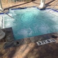 Снимок сделан в The Hot Tub пользователем James P. 12/25/2012
