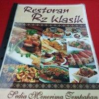 Photo taken at Restoran RZ Klasik by Muhammad Azam S. on 12/9/2012