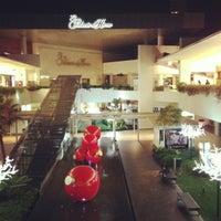 Foto tomada en Centro Comercial Andares por Luis B. el 12/10/2012