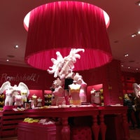 Photo taken at Victoria's Secret PINK by G O. on 2/16/2013
