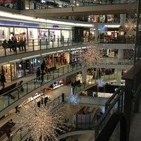 Снимок сделан в Стокманн пользователем Виктория🍒 С. 12/22/2012