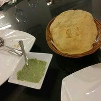 Photo taken at d'Tandoor Restaurant by Hendrik N. on 8/27/2016