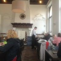Photo taken at Brasserie Oud Gemeentehuis by Guy V. on 3/28/2013