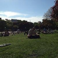 Das Foto wurde bei Volkspark am Weinberg von Medler am 5/15/2013 aufgenommen