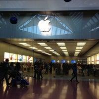 Foto scattata a Apple Centro Sicilia da Augusto I. il 12/9/2012