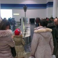Photo taken at Выдача багажа / Baggage Claim by Anton V. on 1/13/2013