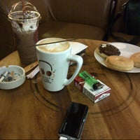 Photo taken at J.Co Donuts & Coffee by Koko K. on 4/11/2014