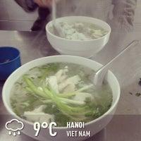 Photo taken at Phở Lâm Nam ngư by Andy L. on 1/5/2013