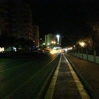 5/9/2013 tarihinde Erdi ®ziyaretçi tarafından Lara Caddesi Yürüyüş Yolu'de çekilen fotoğraf