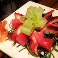 Foto tomada en Sushi Roll por Carolina T. el 7/16/2013