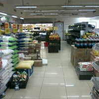 Photo taken at Reliance Fresh by Raamesh Keerthi N. on 12/15/2012
