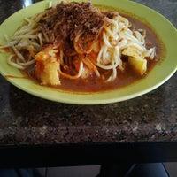 Photo taken at Restoran Icy Scoop by Zakwan F. on 9/17/2013