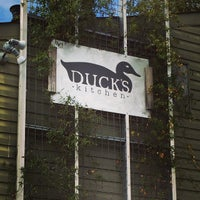 Photo taken at Duck's Cosmic Kitchen by Lamar B. on 10/29/2014