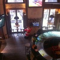 12/26/2012 tarihinde Olga S.ziyaretçi tarafından Nonloso Caffé & Bar'de çekilen fotoğraf