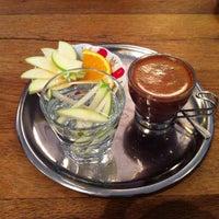 รูปภาพถ่ายที่ The House Café โดย Marco B. เมื่อ 4/20/2013