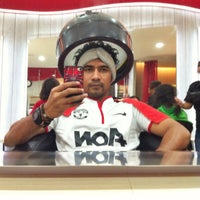 Photo taken at Christopher Salon by yadhi f. on 2/8/2015